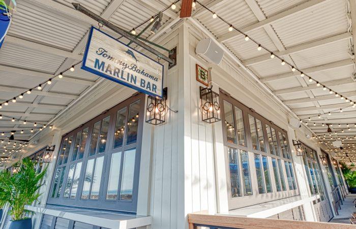 Crown Doors Maui Hawaii Closed 1